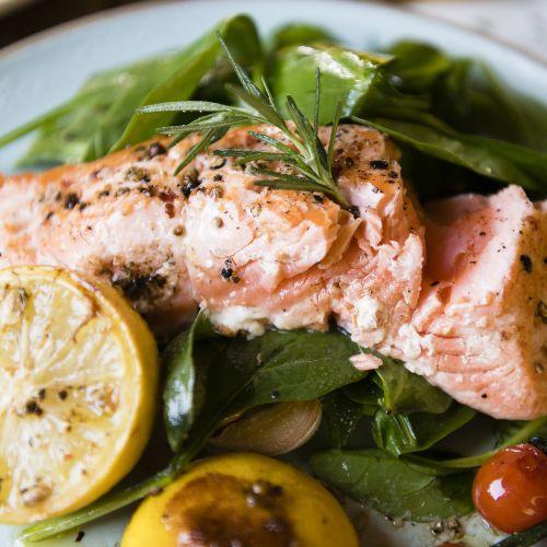 ¿Para qué sirve la vitamina A y en qué alimentos está?